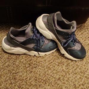 Blue & Grey  Nike Haurahce's